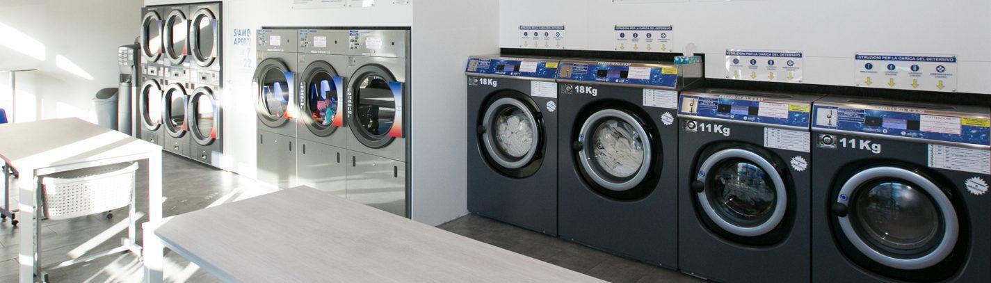 Lavanderie self service a gettoni tutte automatiche